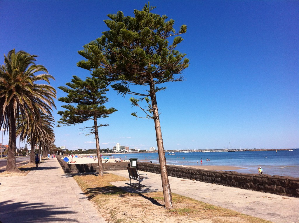 how to get to st kilda beach from melbourne city
