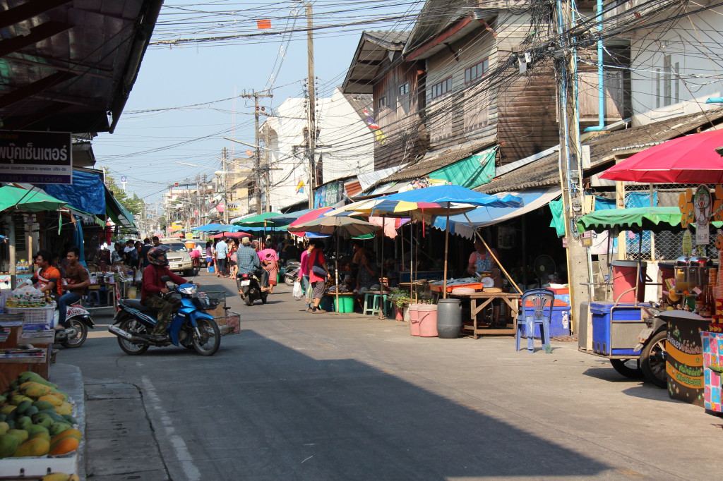 Street view of Ban Phe Fishing Village
