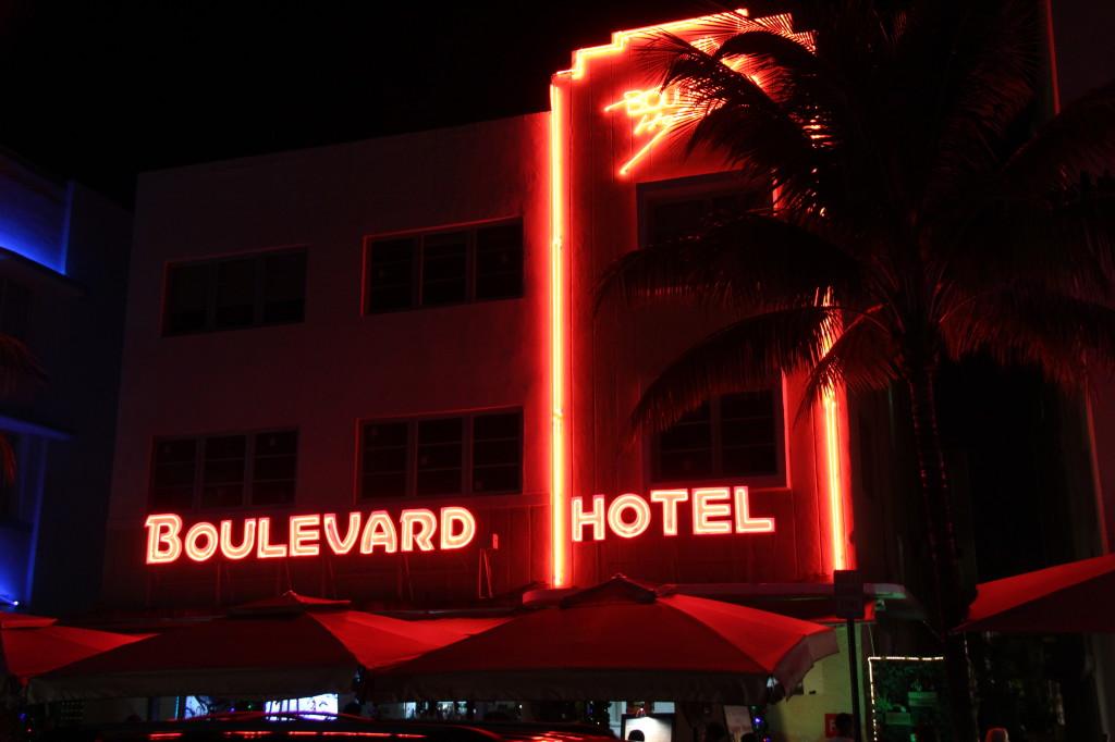 Boulevard Hotel, Ocean Drive art deco