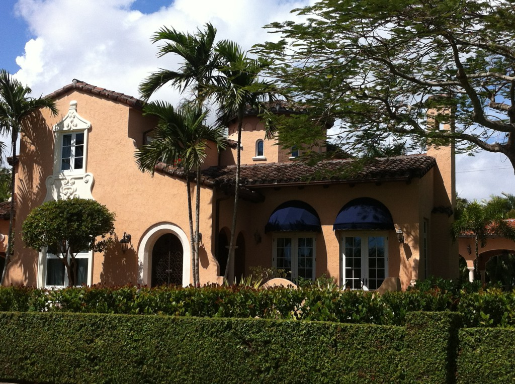 A Coral Gables house, Miami sightseeing driving route