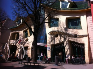 The Crooked House, Sopot