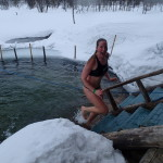 Winter swimming in Kiilopää