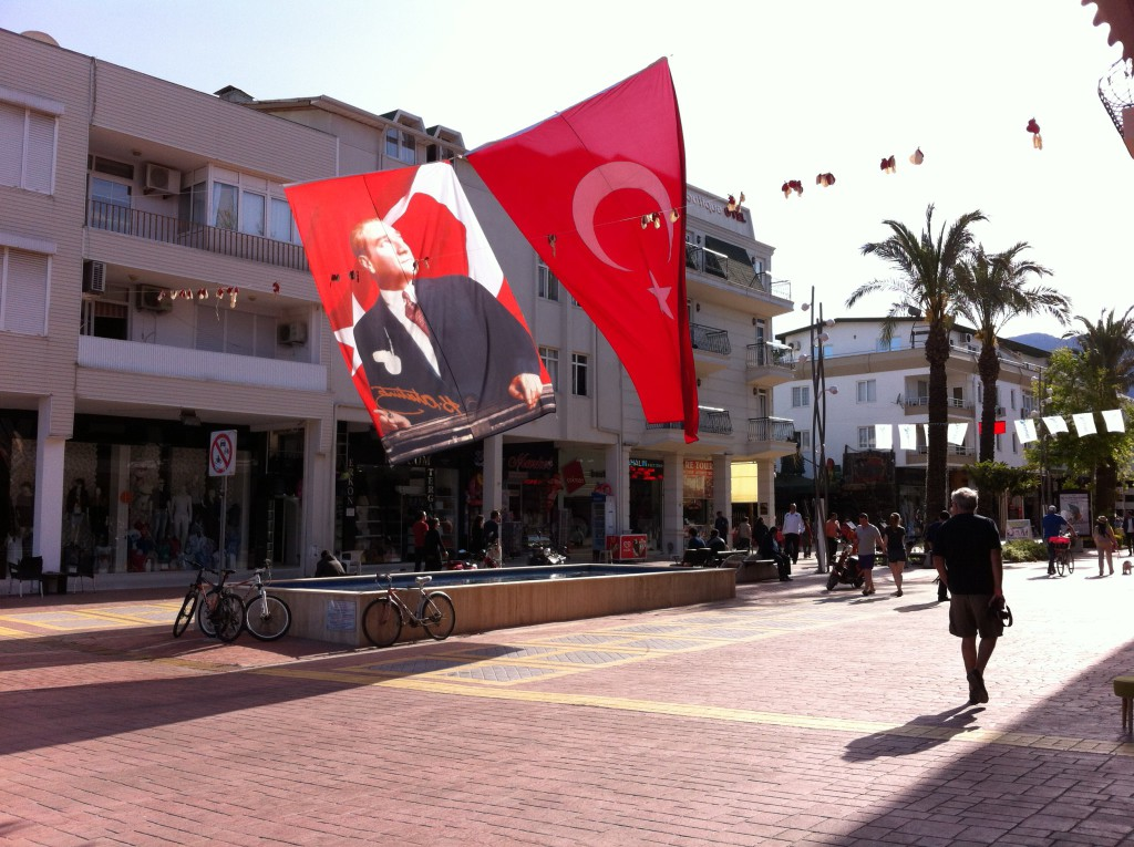 Antalya to Kemer, shopping street