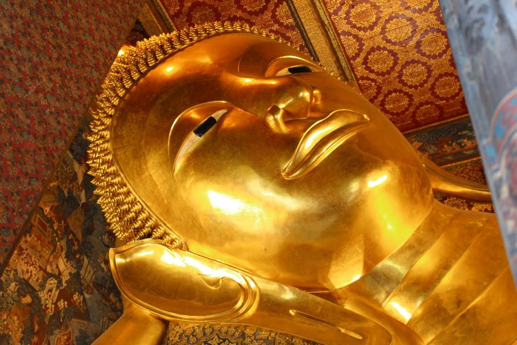 The Reclining Buddha, Wat Pho, Bangkok by boat