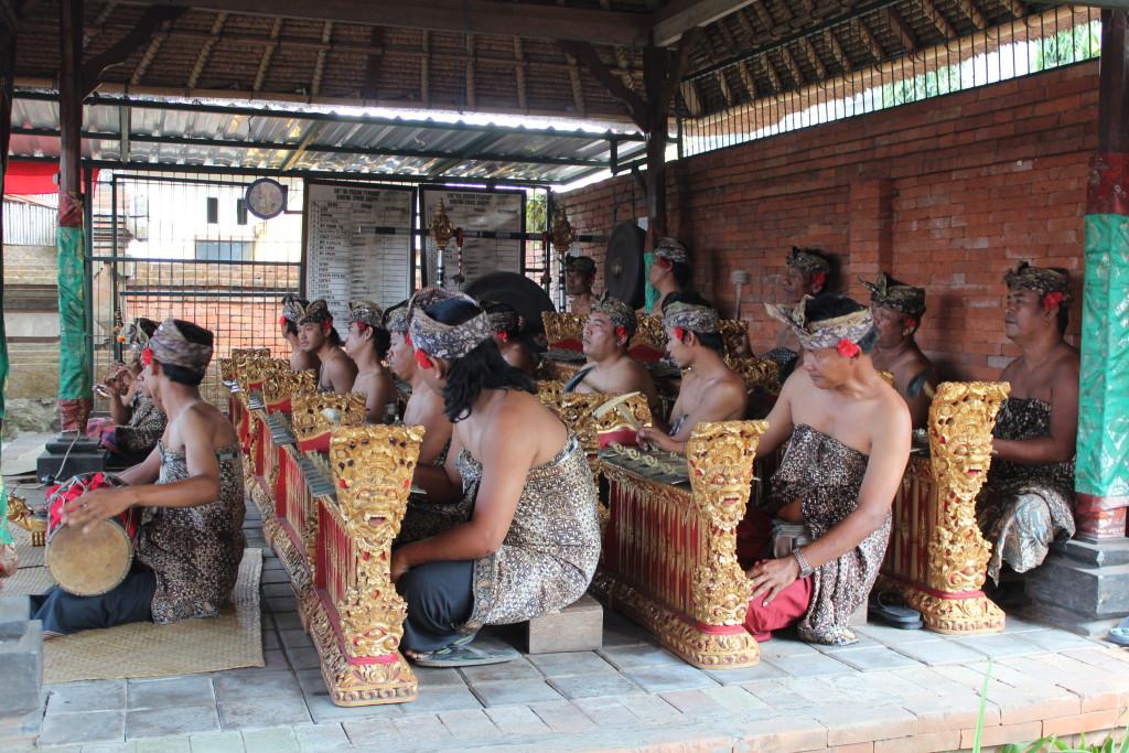 Barong dance players, Batubulan