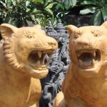 Bali lion statues