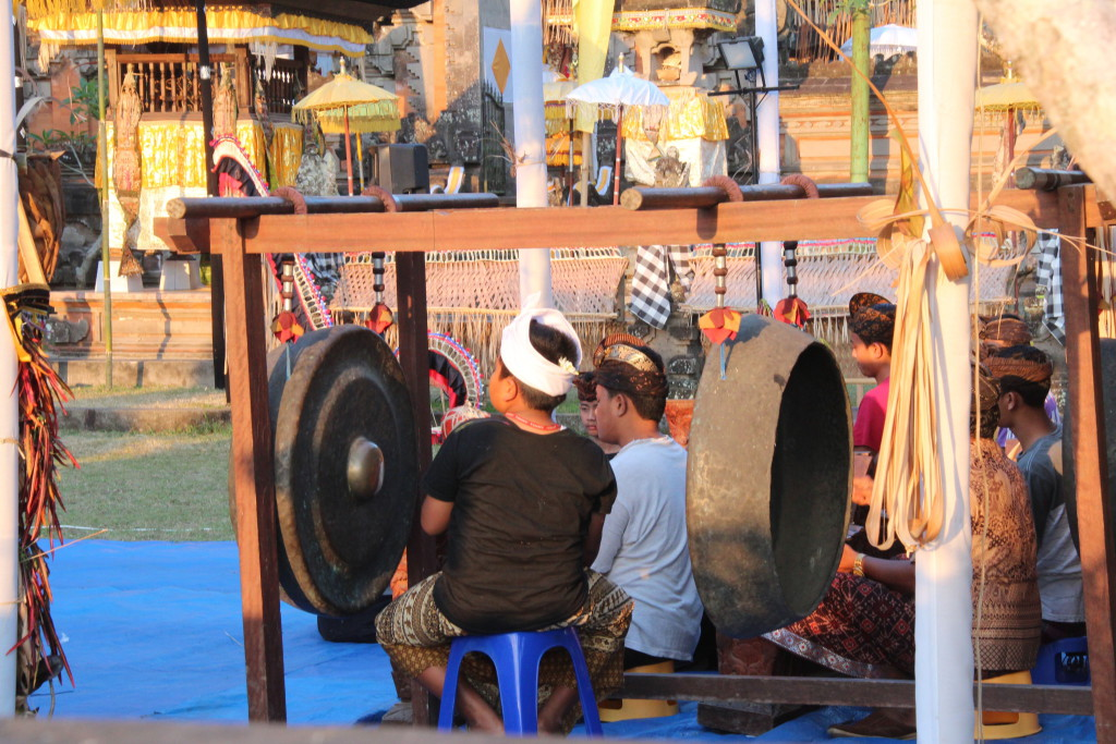 Bali temple musicians playing