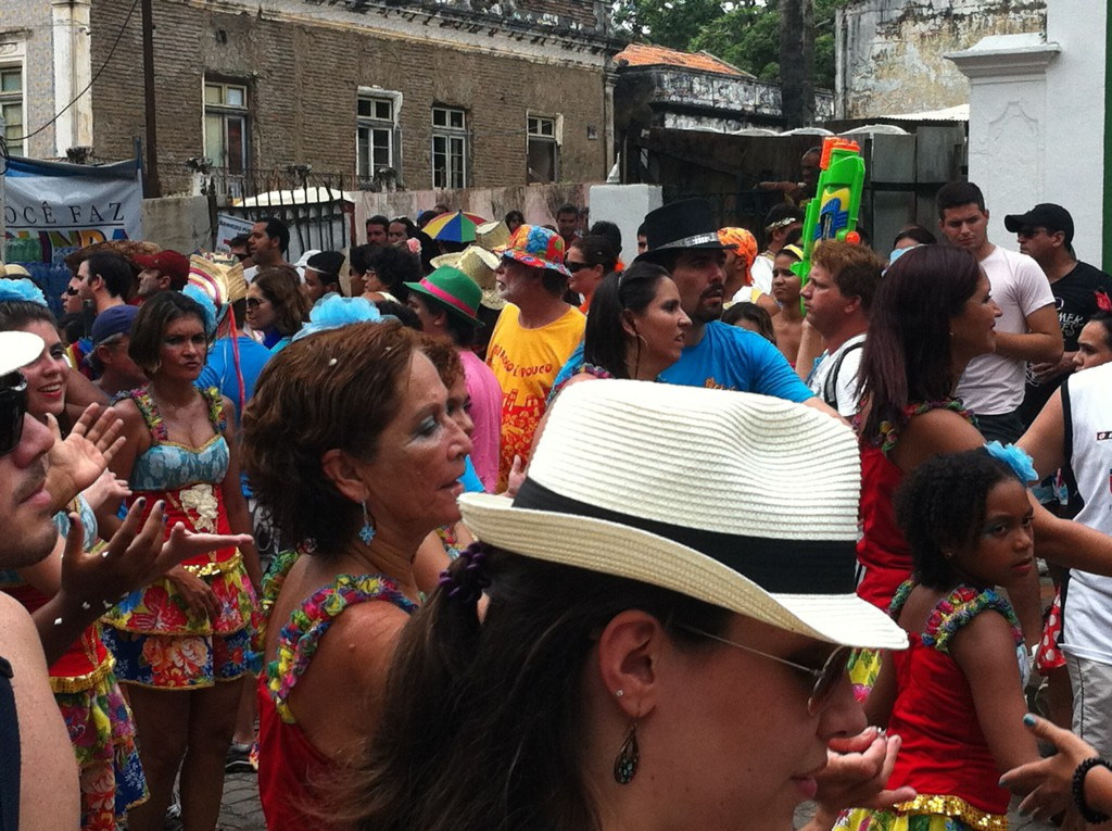 Olinda Carnival, the public