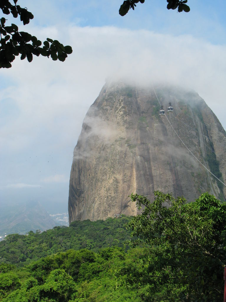 Sugar Loaf Mountain and clouds