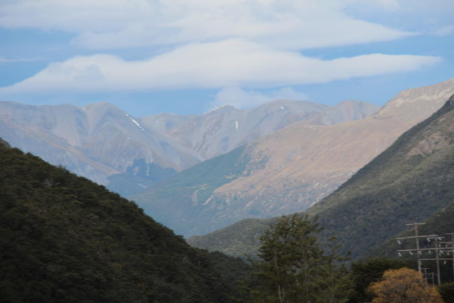 Christchurch to Greymouth scenery