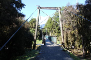 Lake Matheson walkbridge