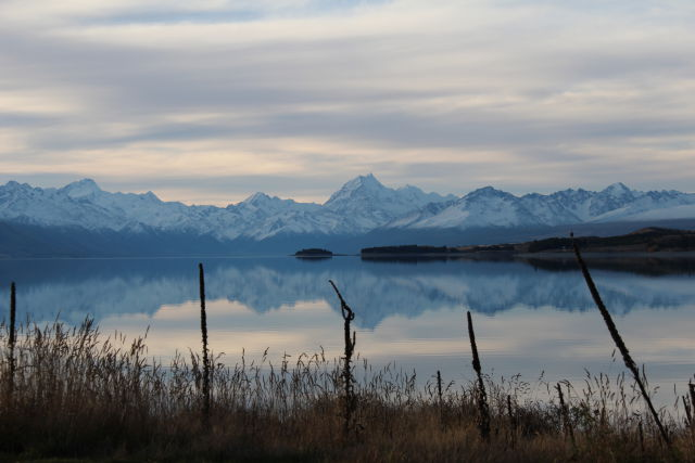 Lake Pukaki and snow-capped mountains