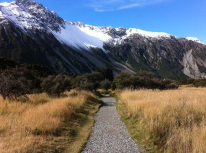 Mueller Glacial Lake walking track