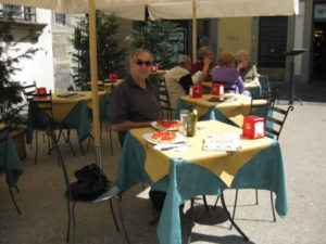 Tuscany scenic drive lunch in Lucca