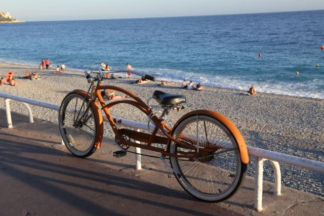 A bike, Promenade des Anglais