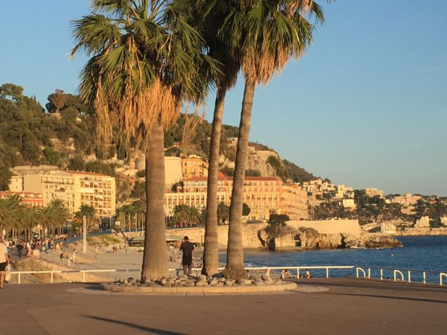 Nice in one day, Promenade des Anglais beach view