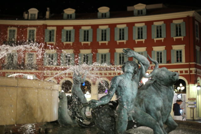Place Massena fountain
