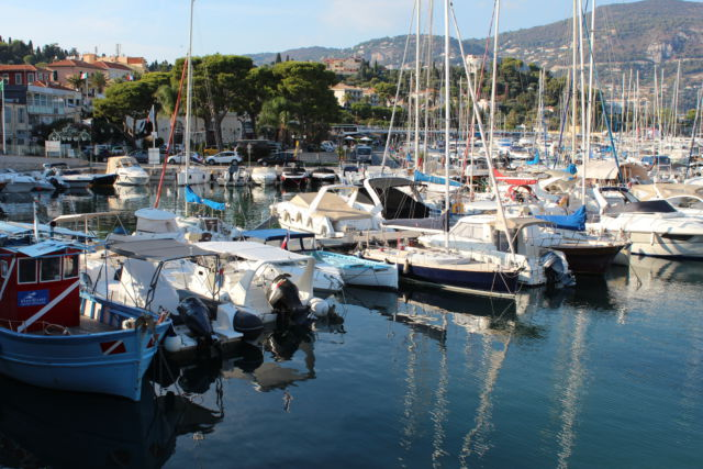 Walk around Cap-Ferrat, Sain-Jean marina