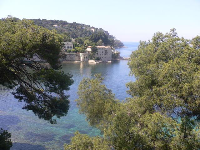 Walk around Cap-Ferrat, sea view