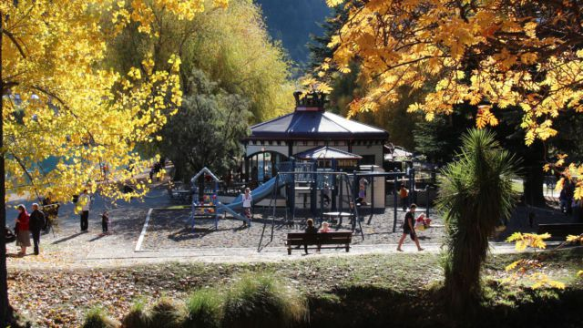 Queenstown beach cafe autumn view