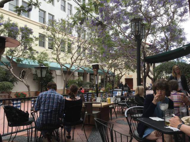 Santa Barbara street cafe