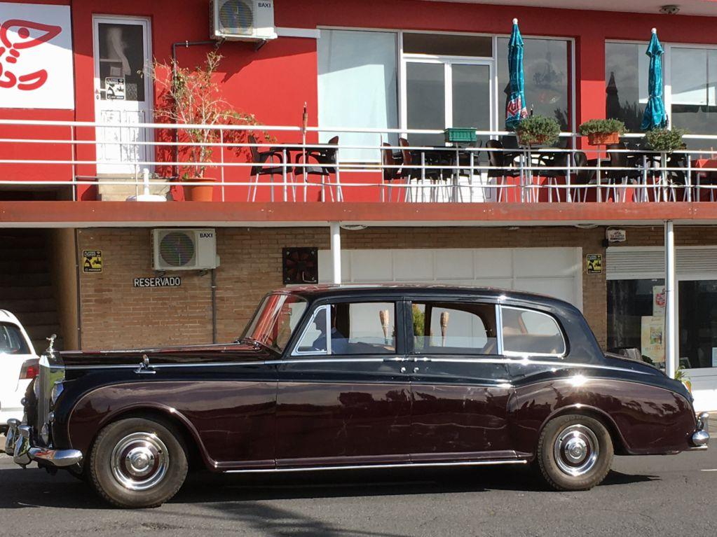 Bentley in Calheta, Madeira