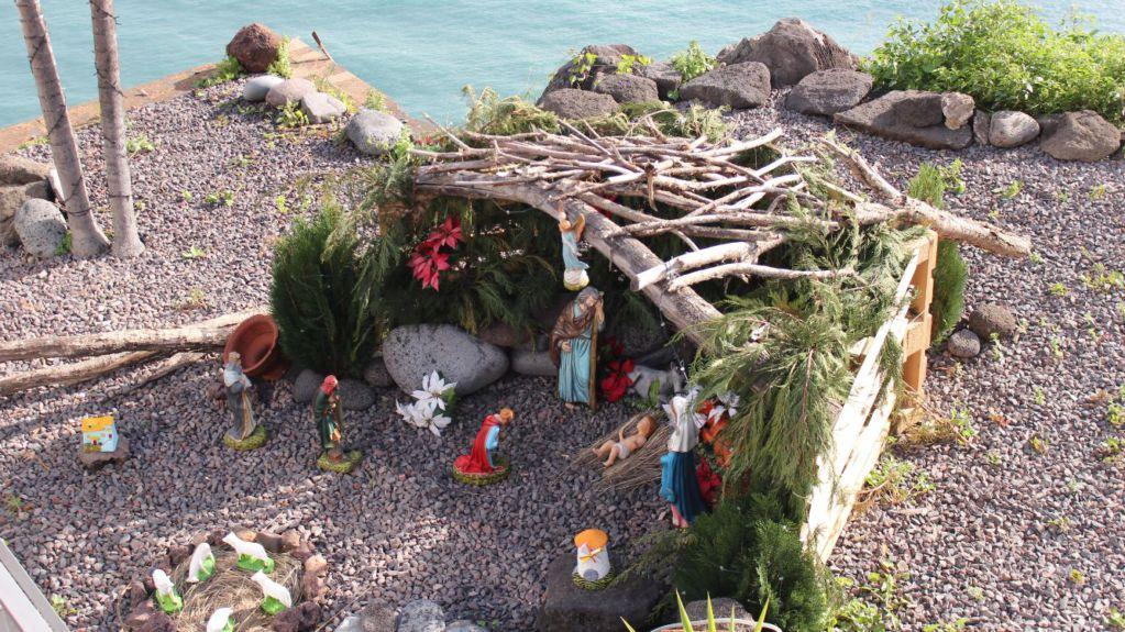 Cabo Girao Teleferico nativity stable