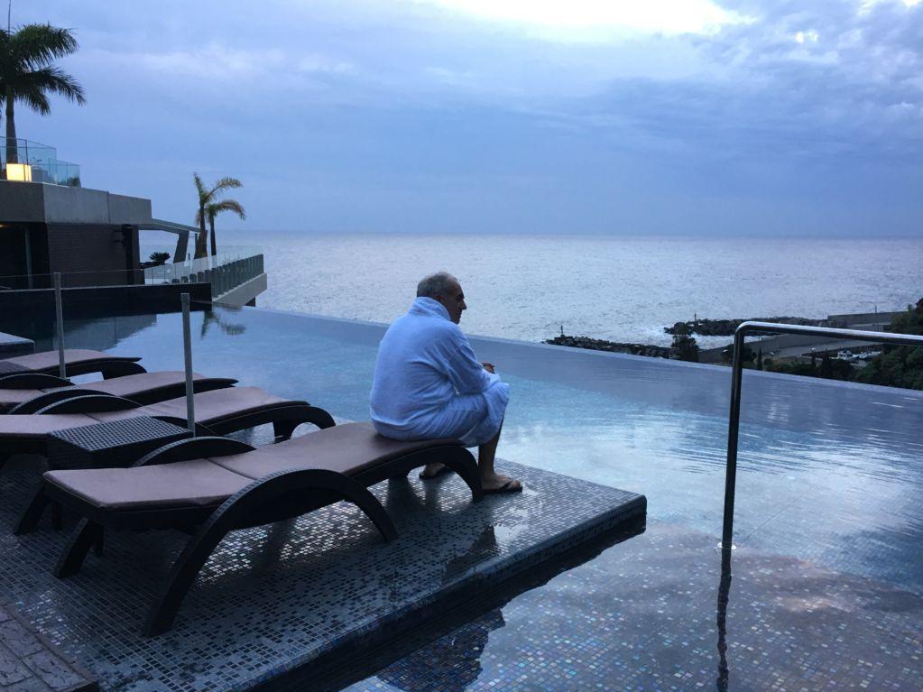 Savoy Saccharum infinity pool Madeira