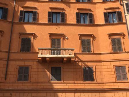 Piazza Navona townhouse, Rome