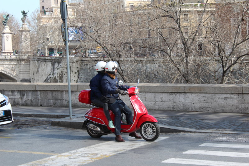 Scooter and Tiber, Rome