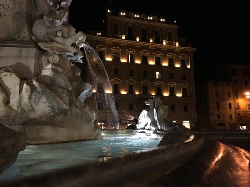 Rome's Centro Storico Piazza della Rotonda