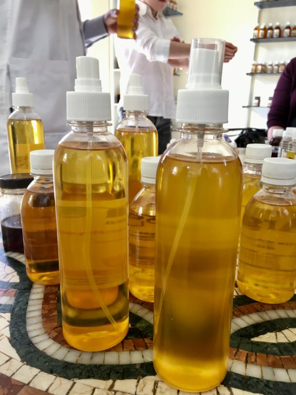 Moroccan argan oil for cosmetics and food