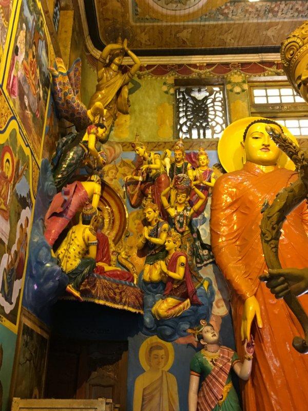 Gangaramaya Temple image house