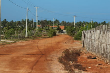 Kalpitiya Peninsula gravel road