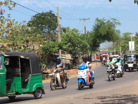 Negombo traffic