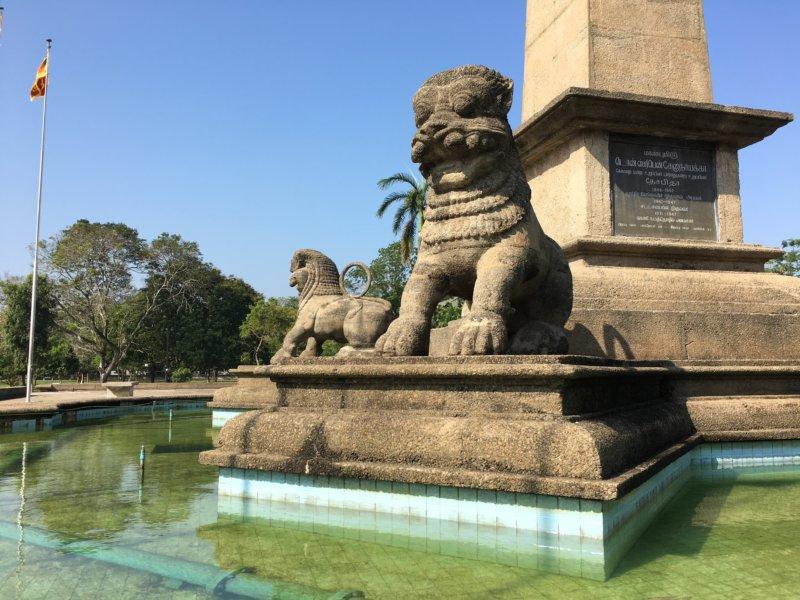 Sri Lanka first prime minister statue stone lions