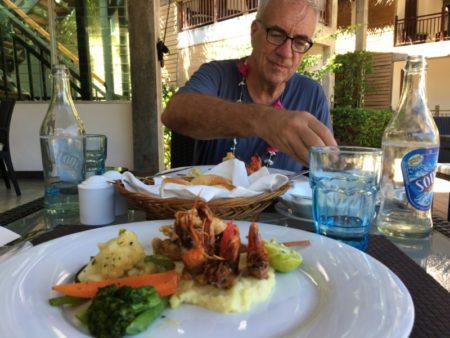 Maalu Maalu Resort lunch
