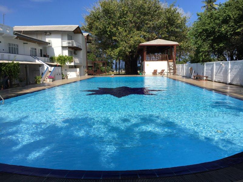 Pigeon Island Resort pool