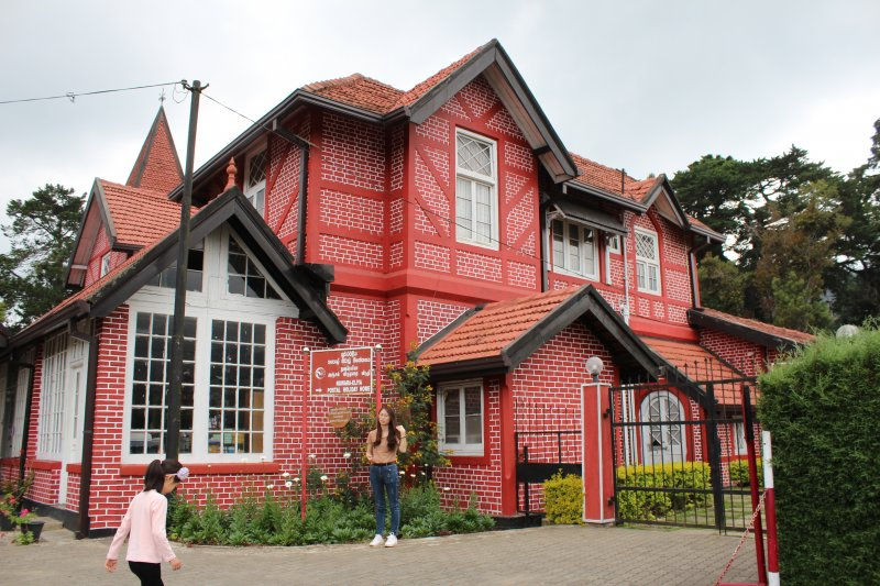Old post office Nuwara Eliya