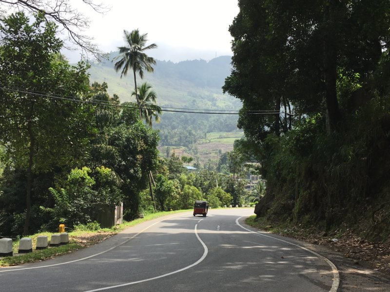 Road from Kandy to Nuwara Eliya