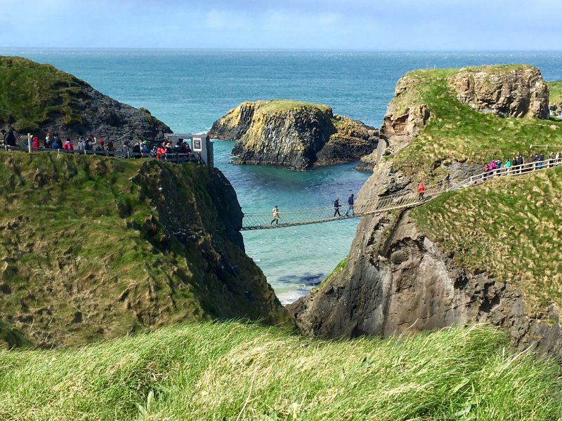 Carrick-a-Rede rope bridge, Giant's Causeway day trip