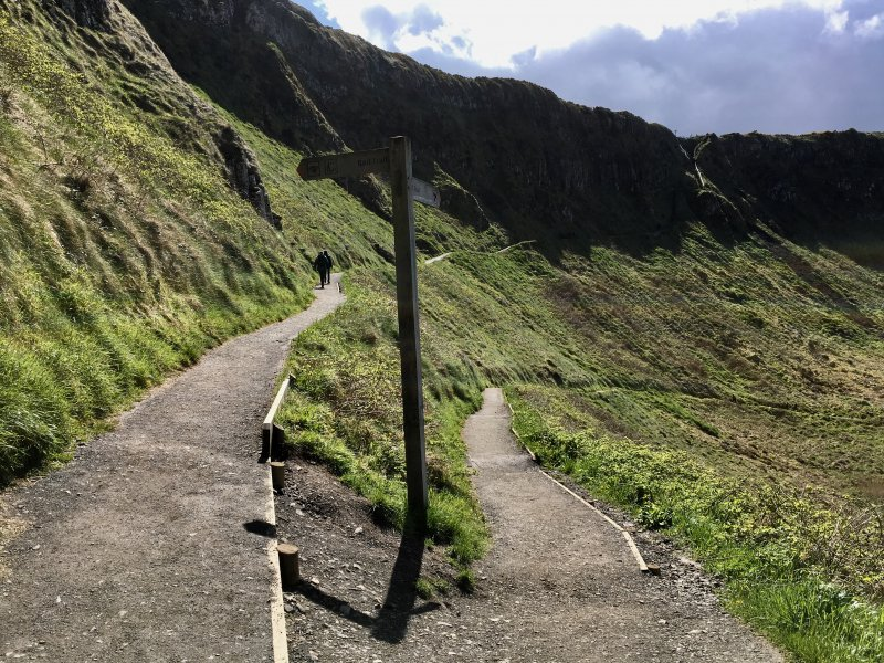Giants Causeway hiking paths