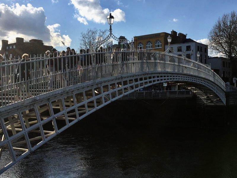 Ha'penny bridge, Dublin walking tour