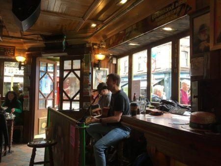 Temple Bar Irish music, Dublin