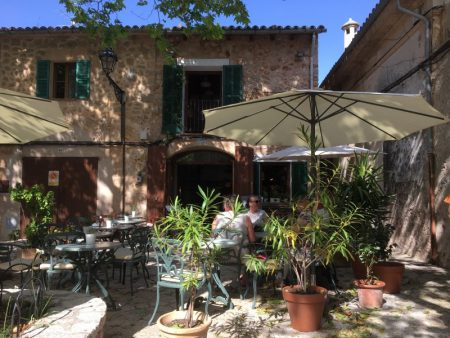 Cafe in Valldemossa