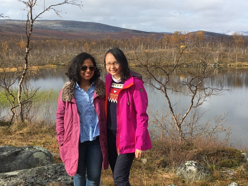 Happy hikers at Kuohkimajärvi hut