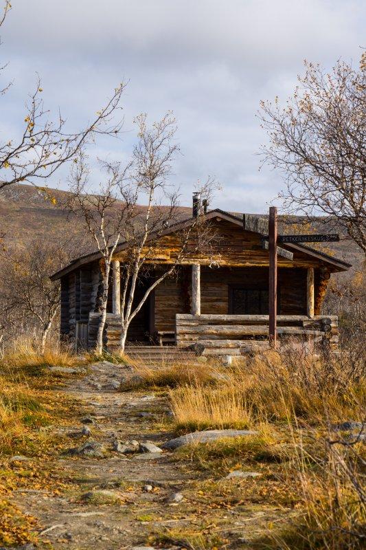 Kuohkimajärvi open wilderness hut