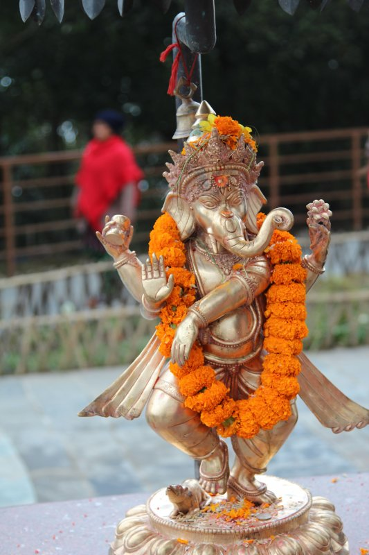 Bhaleshwor Mahadev temple statue
