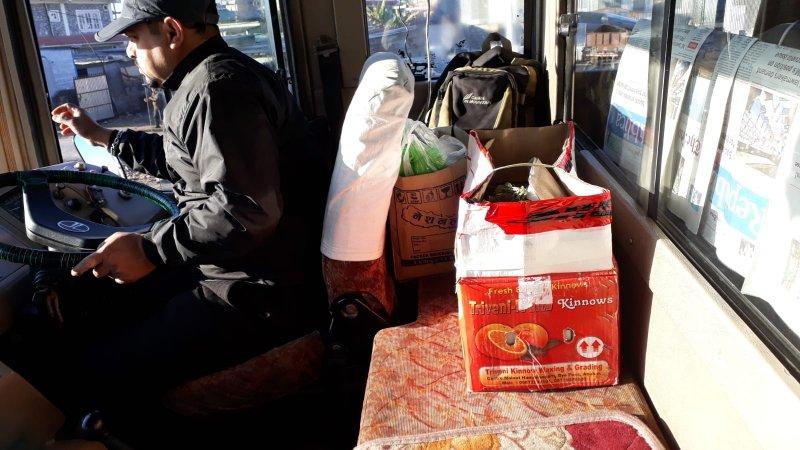 Cock in a box, Pokhara to Kathmandu