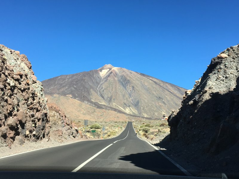 On the top of Tenerife: Mount Teide by car